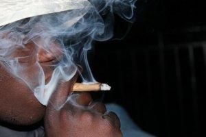 تحقیق جدید درباره یک بار کشیدن گل و ماریجوانا