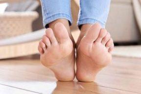 رفع ترک پا با 10 روش موثر