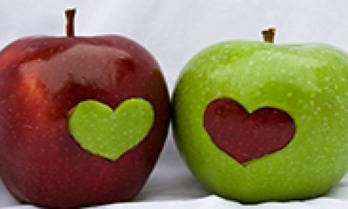 تاثیر سیب بر عملکرد جنسی خانم ها